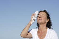 Повышенное потоотделение при перекруте ножки кисты яичника