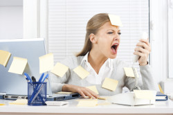 Стрессы - причина кисты яичника