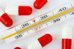 Повышение температуры - симптом кисы семенного канатика