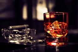 Алкоголь и сигареты - причина развития кисты кишечника
