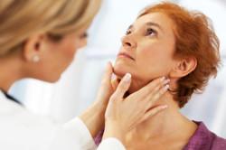 Консультация врача при кисте шеи