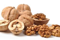 Грецкие орехи для лечения кисты щитовидной железы