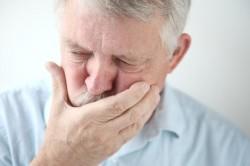 Тошнота - симптом кисты яичка